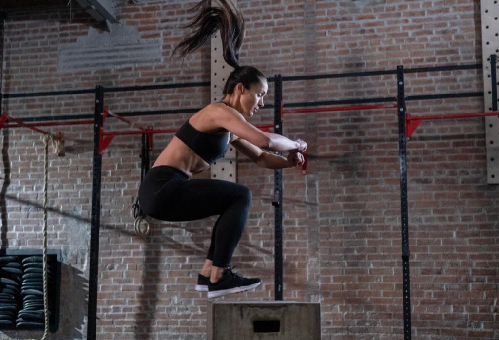 Leg exercise - box jump - full body